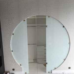 раздвижная стеклянная дверь