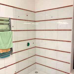 стекло для ванной