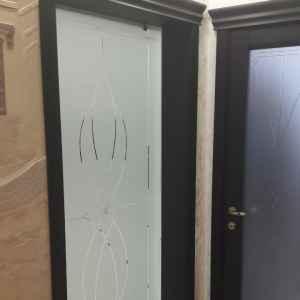 межкімнатні двері зі скла